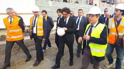 https://www.ragusanews.com//immagini_articoli/23-04-2019/il-ministro-toninelli-la-ragusa-catania-abbia-un-pedaggio-di-tre-euro-240.jpg