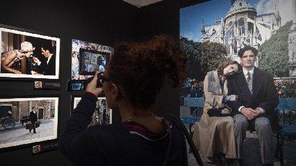 https://www.ragusanews.com//immagini_articoli/23-04-2019/massimo-troisi-poeta-una-mostra-a-roma-240.jpg