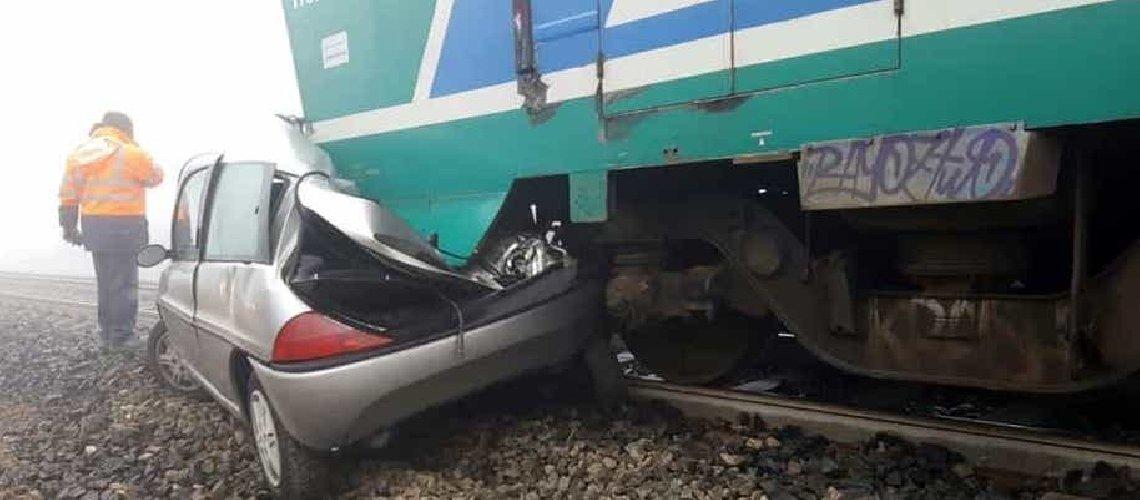 https://www.ragusanews.com//immagini_articoli/23-04-2019/treno-travolge-auto-a-noto-un-morto-e-un-ferito-500.jpg