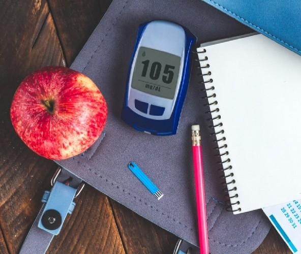 https://www.ragusanews.com//immagini_articoli/23-04-2020/dieta-per-combattere-la-glicemia-alta-500.jpg