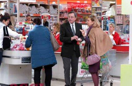 https://www.ragusanews.com//immagini_articoli/23-04-2021/sicilia-supermercati-in-sciopero-il-25-aprile-e-il-1-maggio-280.jpg