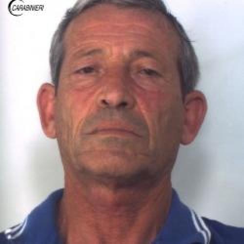 http://www.ragusanews.com//immagini_articoli/23-05-2015/droga-arrestato-salvatore-salice-500.jpg