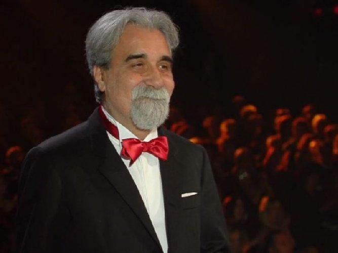 https://www.ragusanews.com//immagini_articoli/23-05-2018/beppe-vessicchio-maestro-amato-conad-binomio-vincente-500.jpg
