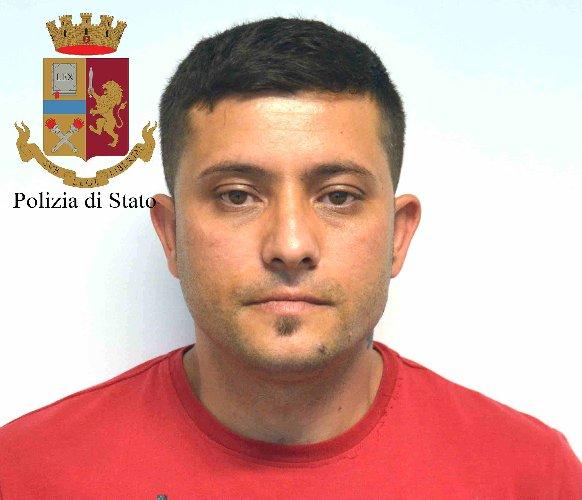 https://www.ragusanews.com//immagini_articoli/23-05-2018/rumeni-rubavano-italiani-ricettavano-arresti-500.jpg