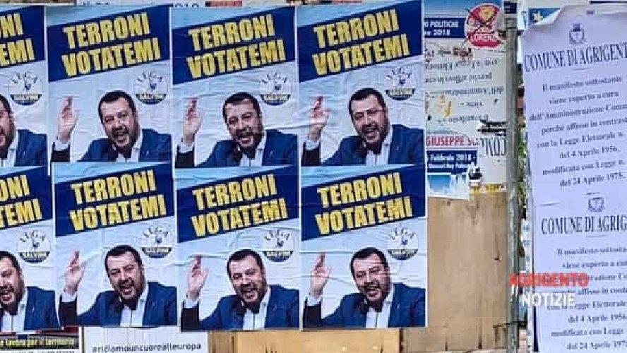 https://www.ragusanews.com//immagini_articoli/23-05-2019/i-finti-manifesti-di-salvini-in-sicilia-terroni-votatemi-500.jpg