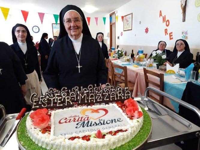 https://www.ragusanews.com//immagini_articoli/23-05-2019/la-ragusana-suor-ester-madre-generale-500.jpg