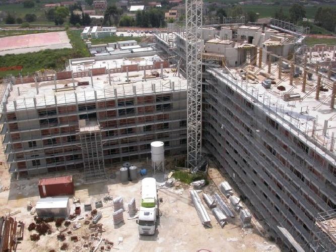 https://www.ragusanews.com//immagini_articoli/23-06-2013/lospedale-giovanni-paolo-ii-aprira-nel-2014-500.jpg