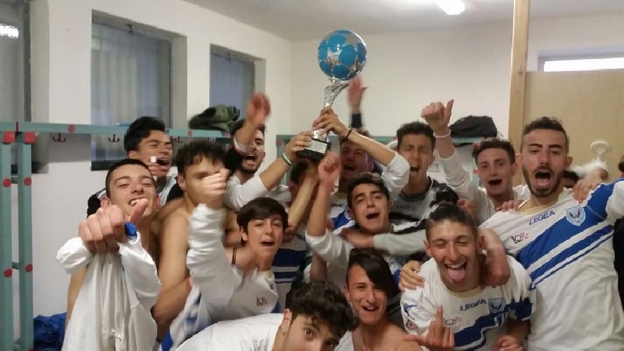 https://www.ragusanews.com//immagini_articoli/23-06-2017/anno-calcio-ragusa-boys-500.jpg