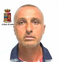 http://www.ragusanews.com//immagini_articoli/23-06-2017/caporalato-arrestati-fratelli-busacca-video-240.jpg