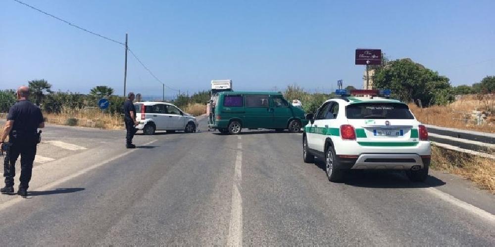 https://www.ragusanews.com//immagini_articoli/23-06-2017/incidente-provinciale-ispicapozzallo-ferite-donne-500.jpg