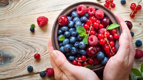 https://www.ragusanews.com//immagini_articoli/23-06-2021/diabete-di-tipo-2-che-frutta-mangiare-e-quale-evitare-280.jpg