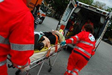 https://www.ragusanews.com//immagini_articoli/23-07-2019/incidente-19enne-sciclitana-in-rianimazione-240.jpg