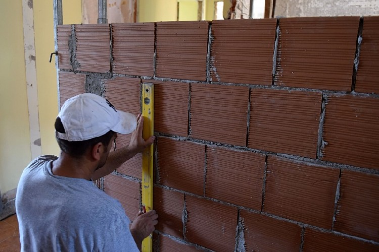 https://www.ragusanews.com//immagini_articoli/23-07-2020/ecobonus-edilizia-110-per-cento-le-sanzioni-500.jpg
