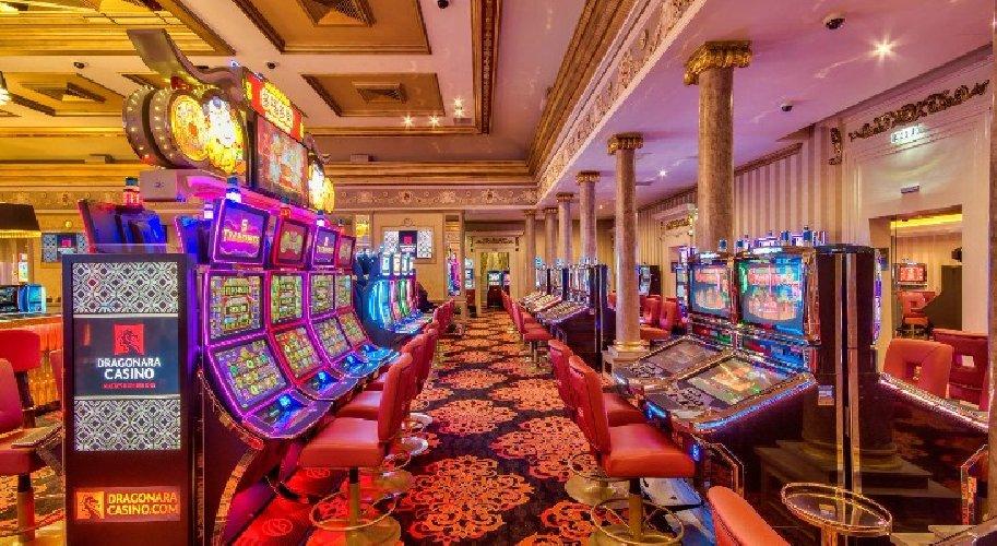 https://www.ragusanews.com//immagini_articoli/23-08-2018/casino-maltese-truffato-mila-euro-giovane-finlandese-500.jpg