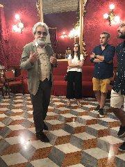 https://www.ragusanews.com//immagini_articoli/23-08-2019/beppe-vessicchio-a-ragusa-per-il-premio-cristina-guastella-240.jpg