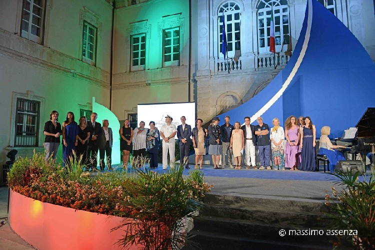 https://www.ragusanews.com//immagini_articoli/23-08-2020/il-trofeo-del-mare-a-punta-secca-500.jpg