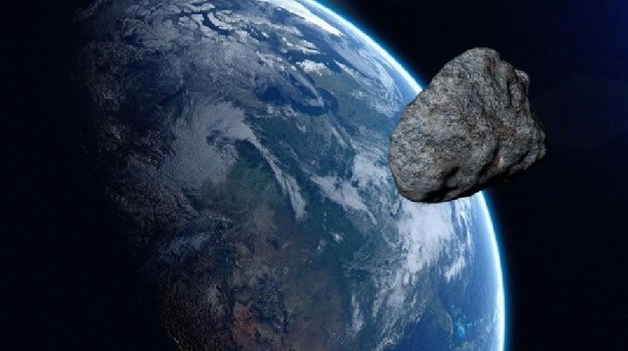 https://www.ragusanews.com//immagini_articoli/23-08-2020/nasa-un-asteroide-sfiorera-la-terra-il-2-novembre-500.jpg