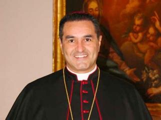 http://www.ragusanews.com//immagini_articoli/23-09-2017/monsignor-cuttitta-eletto-segretario-conferenza-episcopale-siciliana-240.jpg