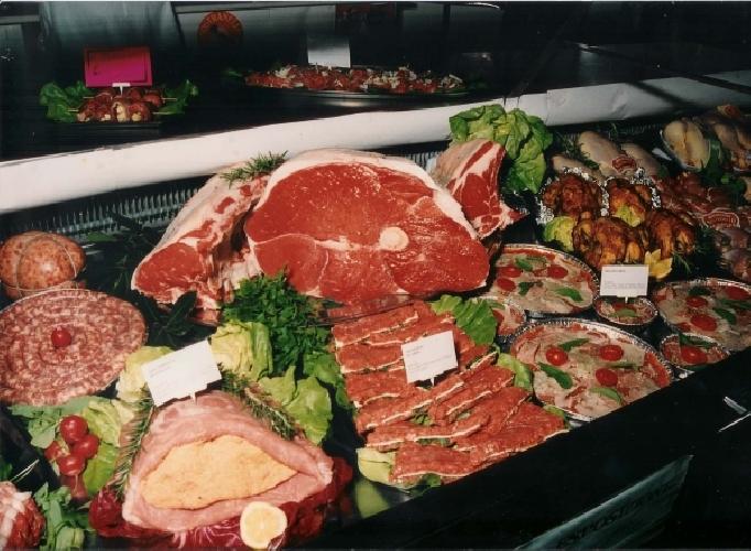 https://www.ragusanews.com//immagini_articoli/23-10-2011/carne-contraffatta-assolto-il-macellaio-di-modica-500.jpg