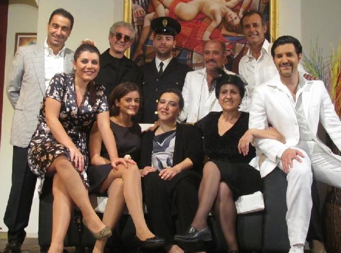 http://www.ragusanews.com//immagini_articoli/23-10-2014/la-neve-di-zio-anselmo-in-teatro-a-ragusa-500.jpg