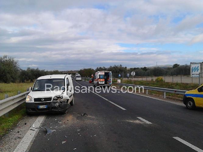 https://www.ragusanews.com//immagini_articoli/23-10-2015/grave-incidente-sulla-ragusa-catania-500.jpg