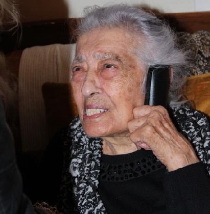 http://www.ragusanews.com//immagini_articoli/23-10-2016/donna-dell-agrigentino-compie-111-anni-420.jpg