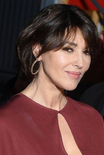 https://www.ragusanews.com//immagini_articoli/23-10-2020/1603486481-i-tagli-capelli-corti-2020-per-le-over-50-che-vogliono-ringiovanire-foto-1-500.jpg