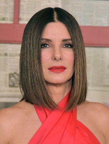 https://www.ragusanews.com//immagini_articoli/23-10-2020/1603486980-i-tagli-capelli-corti-2020-per-le-over-50-che-vogliono-ringiovanire-foto-10-500.jpg