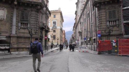 https://www.ragusanews.com//immagini_articoli/23-10-2020/ordinanza-in-sicilia-didattica-a-distanza-al-liceo-locali-chiusi-alle-23-280.jpg