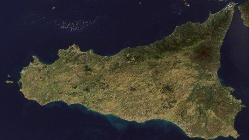 https://www.ragusanews.com//immagini_articoli/23-10-2020/sicilia-verso-il-coprifuoco-dad-alle-superiori-e-mezzi-pubblici-dimezzati-280.jpg
