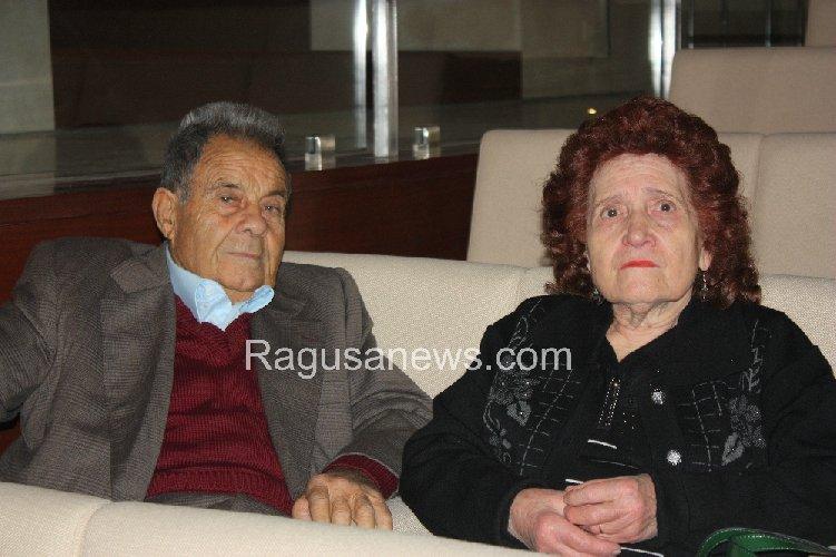 https://www.ragusanews.com//immagini_articoli/23-12-2012/gelati-granite-modica-immutabile-giugginu-500.jpg