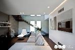 https://www.ragusanews.com//immagini_articoli/23-12-2015/a-ragusa-la-villa-sospesa-meta-italiana-meta-portoghese-100.jpg