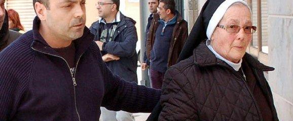 http://www.ragusanews.com//immagini_articoli/23-12-2017/abusi-bambini-suore-processo-chiesto-milione-mila-euro-240.jpg