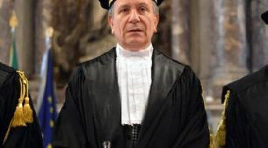 https://www.ragusanews.com//immagini_articoli/23-12-2017/angelo-buscema-sciclitano-presidente-corte-conti-roma-500.jpg