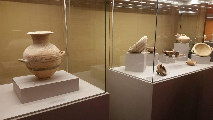 http://www.ragusanews.com//immagini_articoli/23-12-2017/mostra-archeologica-memoria-professor-divita-500.jpg