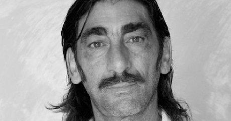 https://www.ragusanews.com//immagini_articoli/23-12-2018/1545580370-attore-siciliano-giovanni-martorana-ucciso-stufa-2-240.jpg
