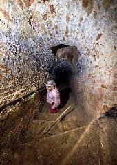https://www.ragusanews.com//immagini_articoli/23-12-2019/la-miniera-di-gesso-di-imbastita-a-scicli-240.jpg