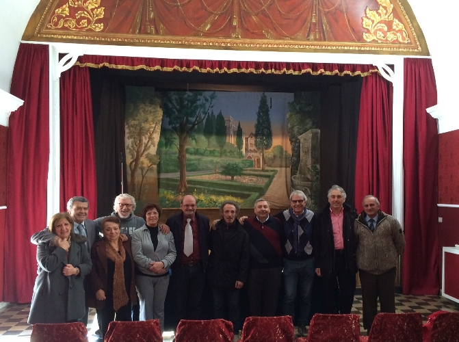 http://www.ragusanews.com//immagini_articoli/24-01-2015/il-cartellone-teatrale-della-badia-500.jpg