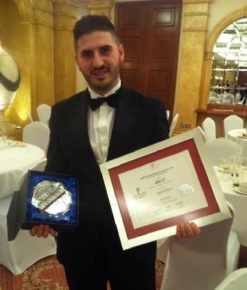 https://www.ragusanews.com//immagini_articoli/24-01-2017/enrico-alecci-chef-sciclitano-premiato-malta-420.jpg