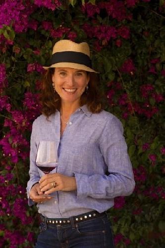 https://www.ragusanews.com//immagini_articoli/24-02-2014/il-vino-di-gaetana-iacono-e-ecofriendly-500.jpg