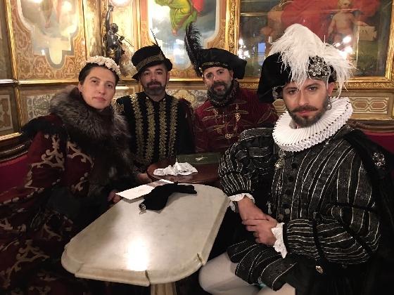 http://www.ragusanews.com//immagini_articoli/24-02-2017/famiglia-busacca-carnevale-venezia-420.jpg