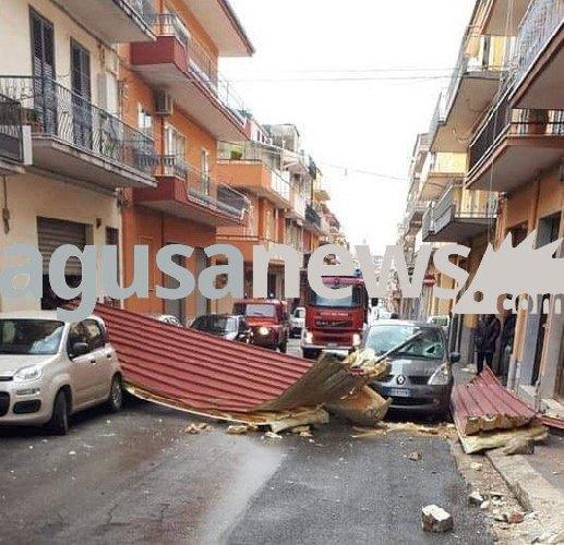 https://www.ragusanews.com//immagini_articoli/24-02-2019/ragusa-volano-tetti-500.jpg