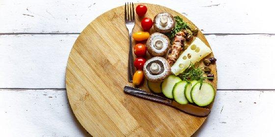 https://www.ragusanews.com//immagini_articoli/24-02-2021/dieta-del-digiuno-intermittente-quali-sono-i-benefici-e-come-funziona-280.jpg