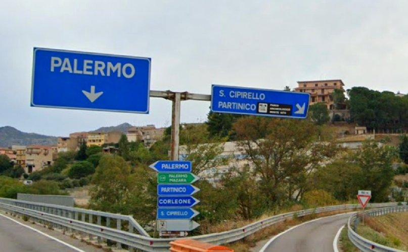 https://www.ragusanews.com//immagini_articoli/24-02-2021/sicilia-spuntano-delle-macchie-rosse-due-comuni-palermitani-in-lockdown-500.jpg