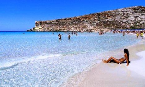 https://www.ragusanews.com//immagini_articoli/24-02-2021/spiaggia-conigli-lampedusa-conferma-amata-tripadvisor-280.jpg