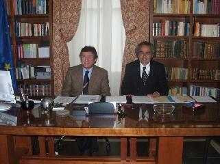 http://www.ragusanews.com//immagini_articoli/24-03-2010/leontini-e-ragusa-si-smantella-la-sanita-provinciale-240.jpg