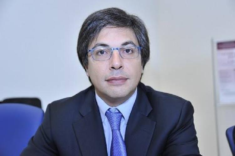 http://www.ragusanews.com//immagini_articoli/24-03-2014/il-prof-barone-a-proposito-dei-concorsi-al-comune-di-ragusa-500.jpg