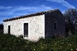 http://www.ragusanews.com//immagini_articoli/24-03-2015/scicli-vendesi-casa-rurale-100.jpg