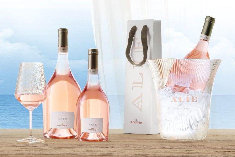 https://www.ragusanews.com//immagini_articoli/24-03-2018/chiaramonte-loggia-cena-degustazione-rose-frescobaldi-500.jpg