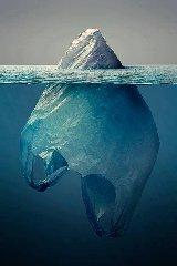 https://www.ragusanews.com//immagini_articoli/24-03-2018/mediterraneo-mare-plastica-240.jpg